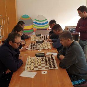 DO KRAJA OSTALA DVA KOLA Šahovski klub Virovitica upisao novu pobjedu u Slavonskom Brodu i zadržao lidersku poziciju