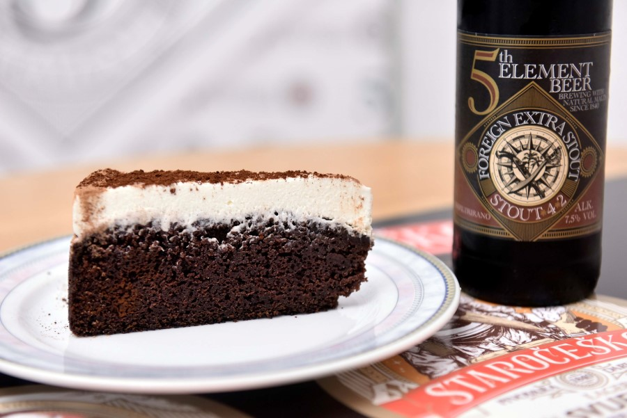 Torta od 5th Element Stout piva_ (Custom)