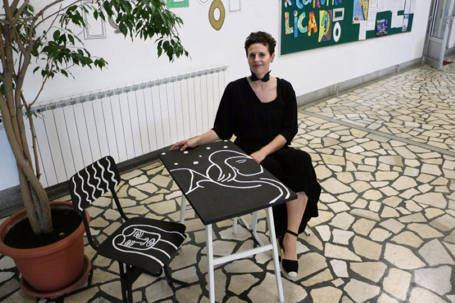 projekti stolice IBM Anja Brabec Custom