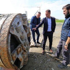 Župan Igor Andrović sa suradnicima obišao radove na gradnji Sustava navodnjavanja Novi Gradac – Detkovac