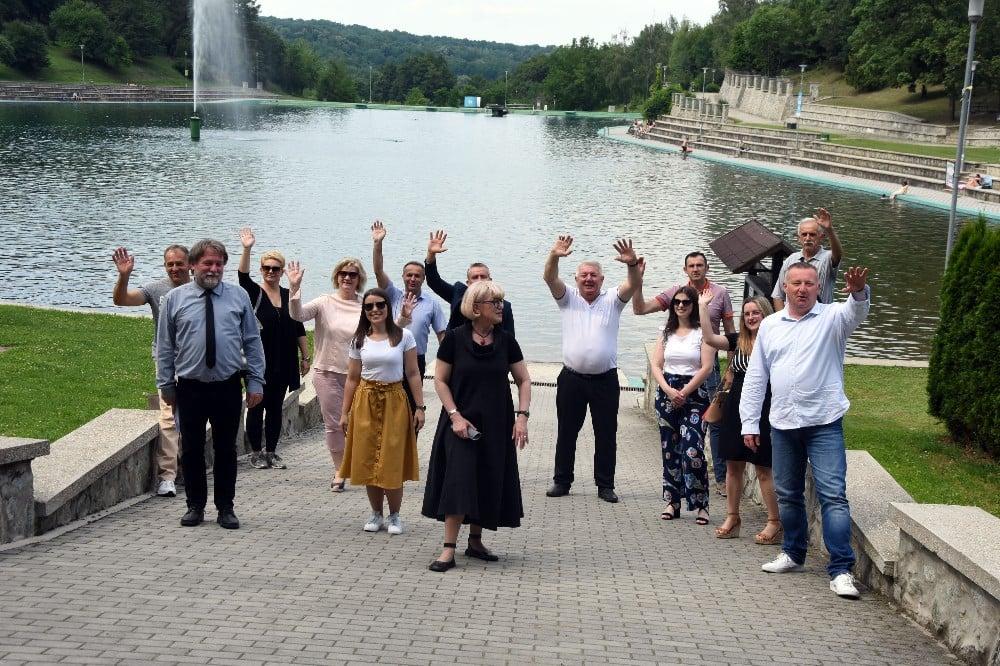 Posjet jezeru (1)_copy_1000x666