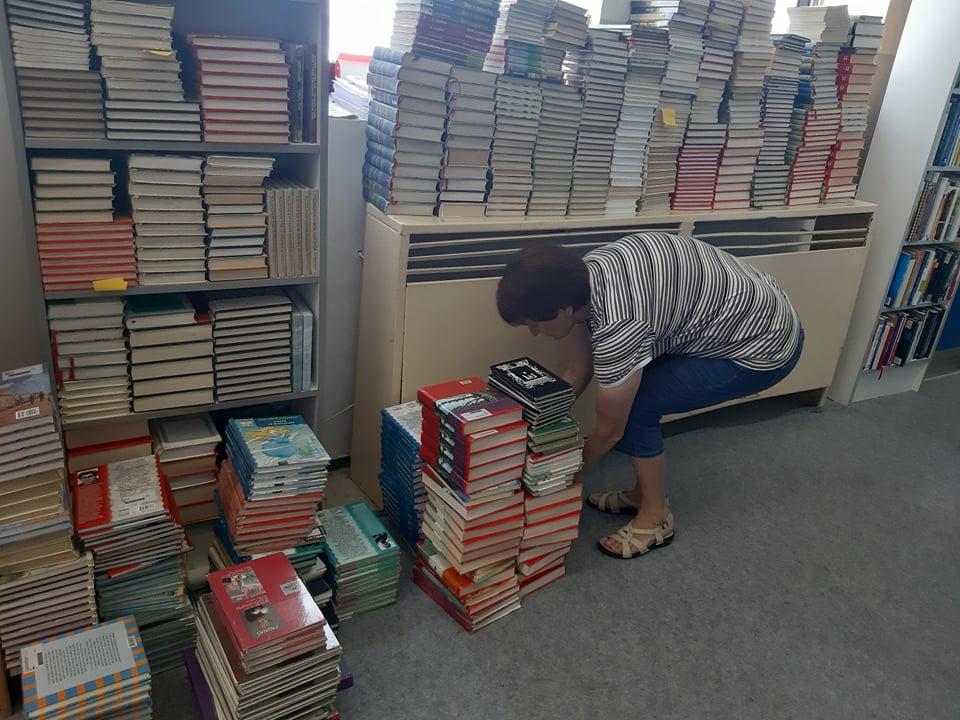 knjižnica (3)