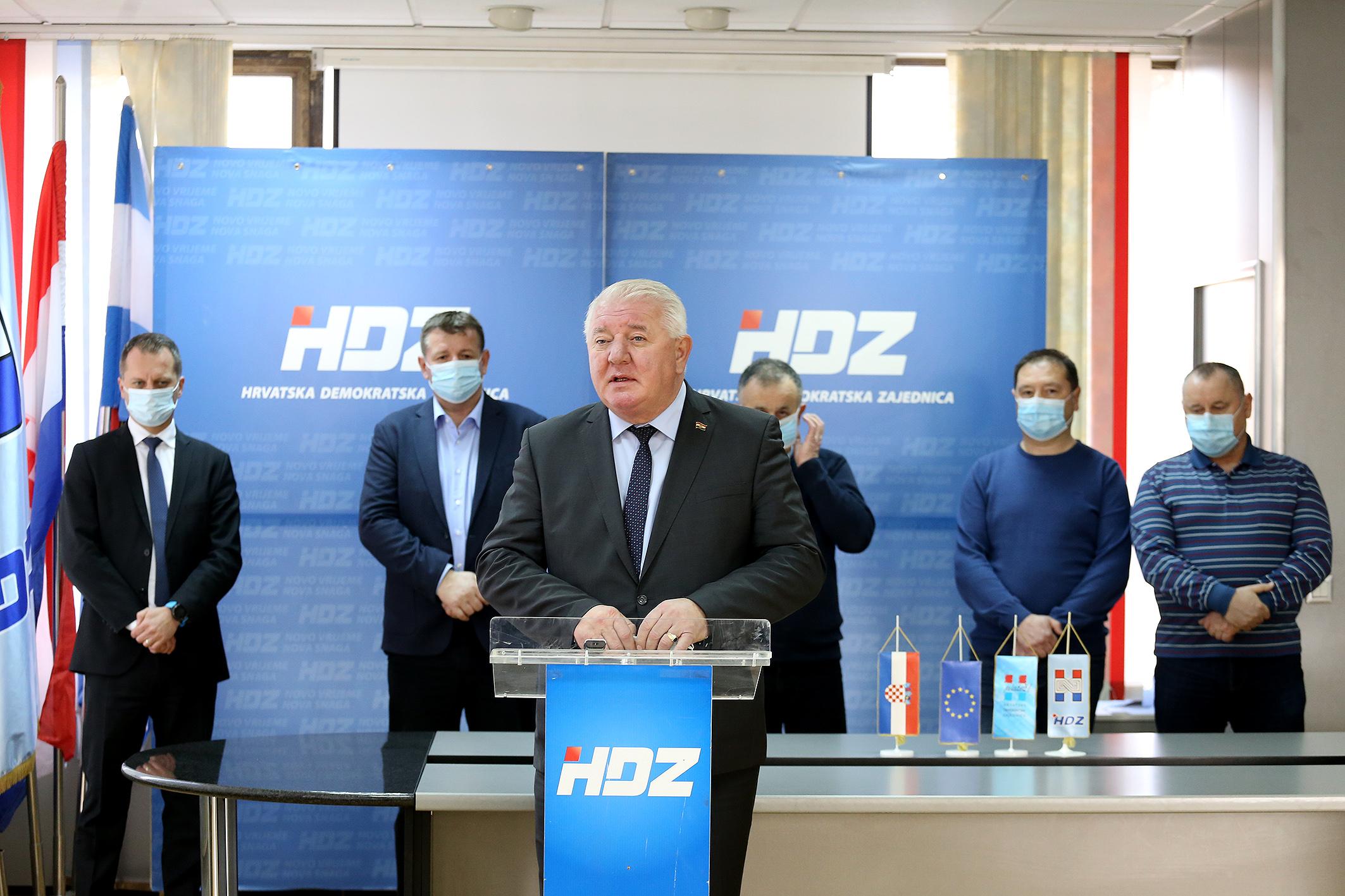 HDZ press (3)