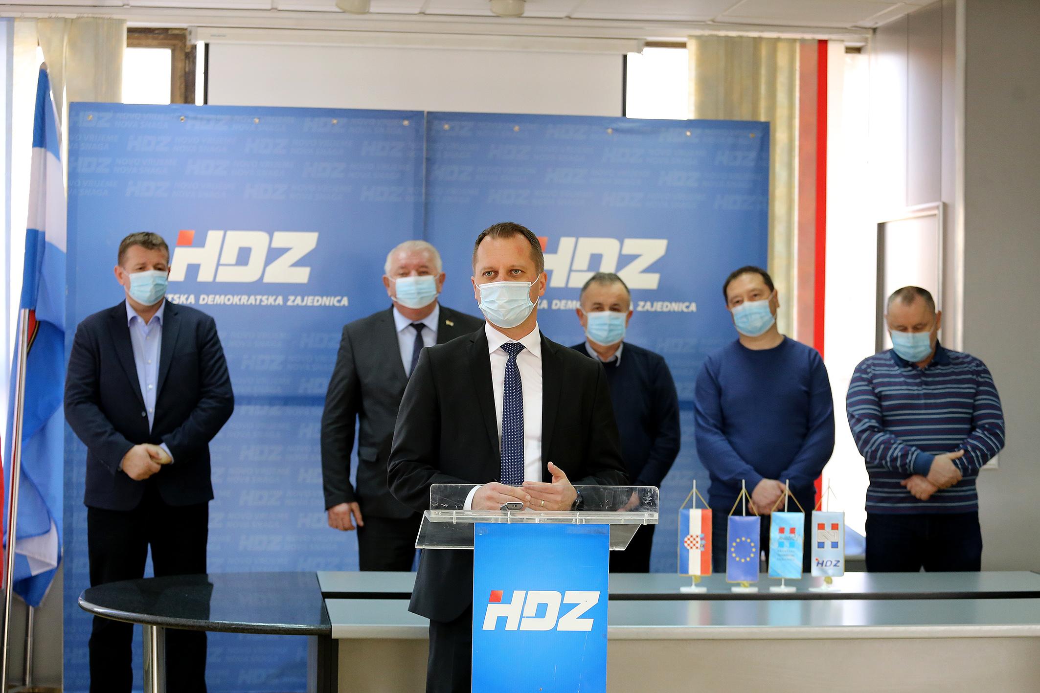 HDZ press (4)