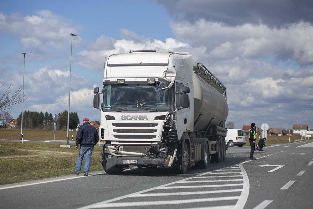 prometna kamion 16 3 2021